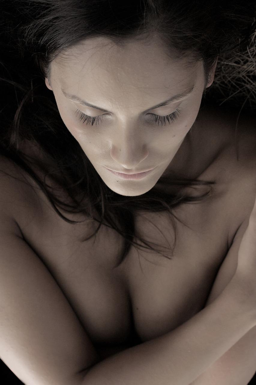 אישה לאחר הניתוח