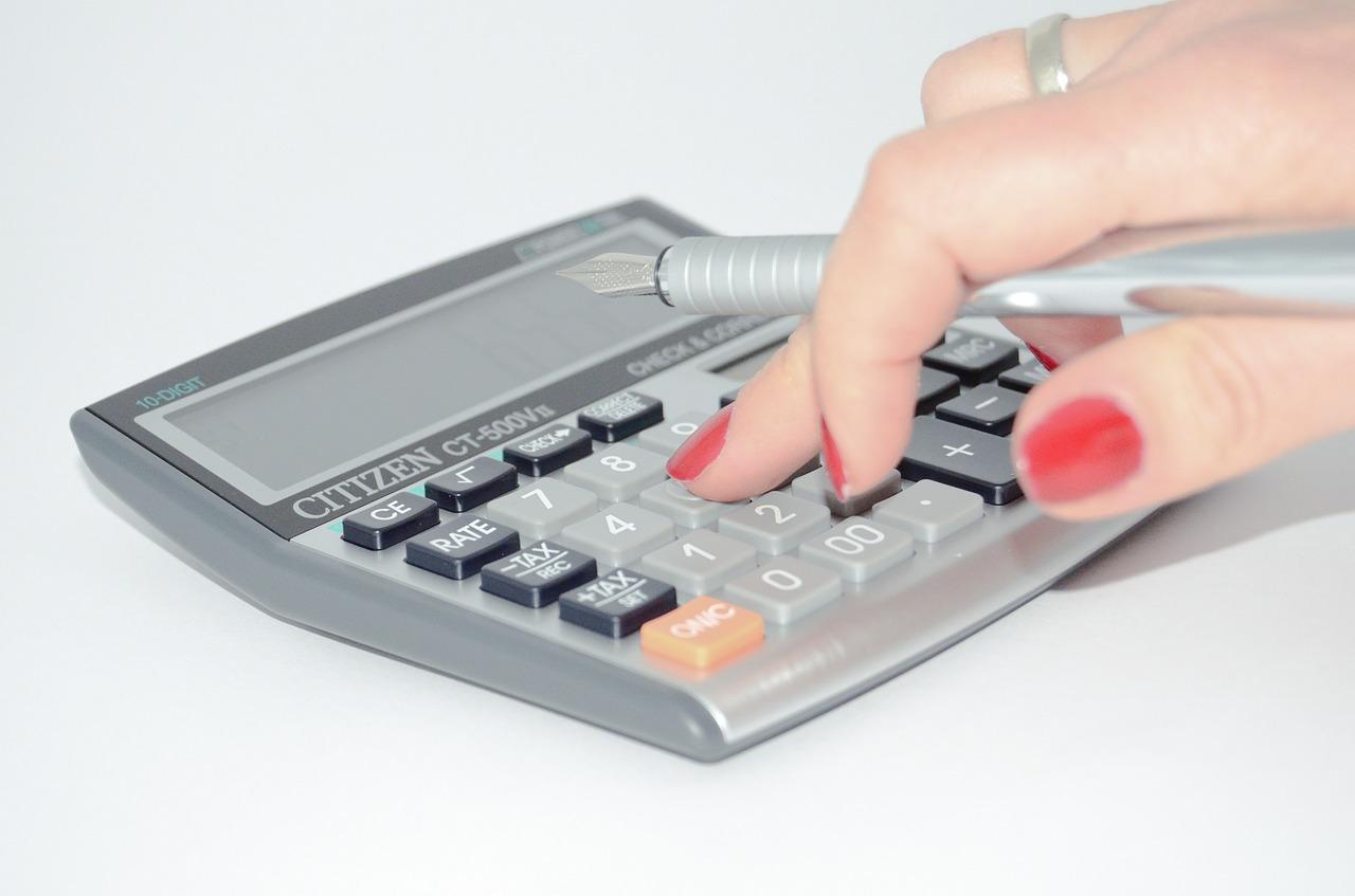 איך תחשבו את אחוזי השומן שלכם במספר שלבים פשוטים?
