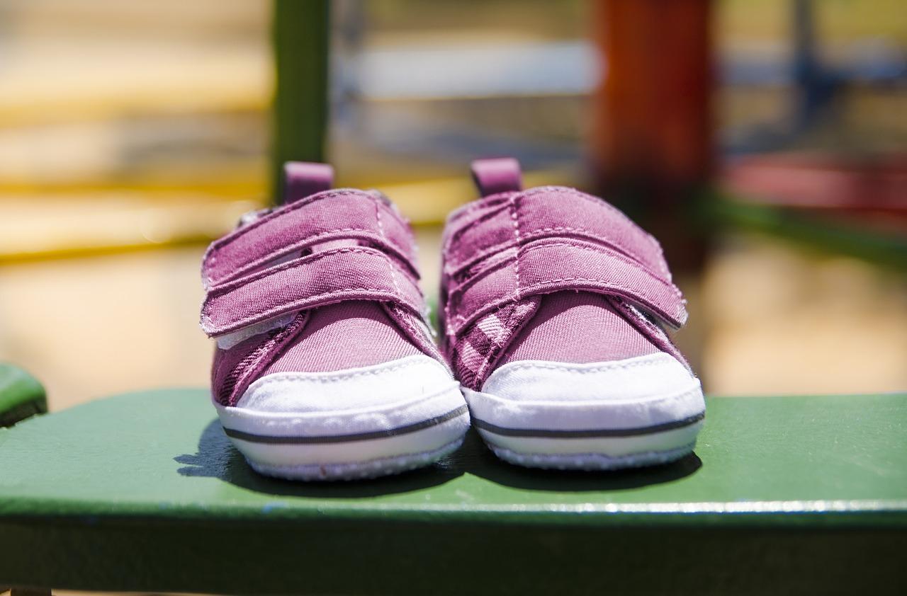 איך לבחור נעלי צעד ראשון שמתאימות לקיץ?